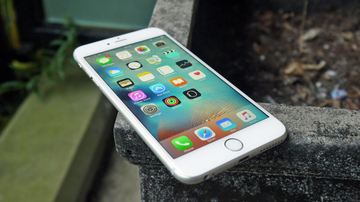iphone 6s plus iphone 7 plus vs iphone 6s plus techradar 1002