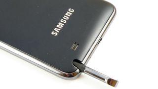 Samsung top smartphone maker