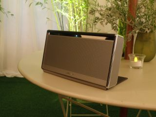 Bose Soundlink Wireless Mobile speaker unveiled