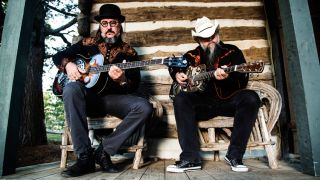 Les Claypool and friend Bryan Kehoe get in touch with their inner backwoodsmen as Duo de Twang