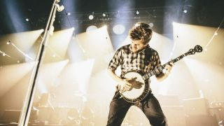 Mumford and Sons: rocking out with banjos.