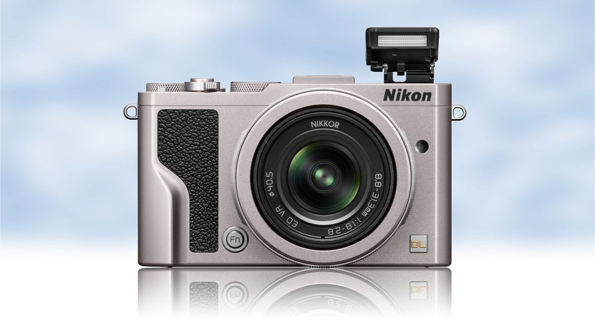Nikon S New Speedy Premium Compact Dl Series Cameras