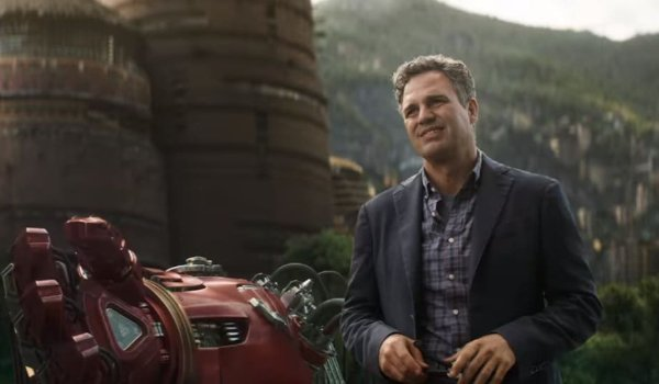 Avengers: Infinity War Bruce Banner stands next to a Hulkbuster arm in Wakanda