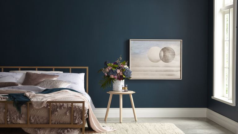 WHY YOU MUST HAVE A PAINTING IN BEDROOM?
