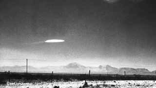 A government employee photographed a UFO that hovered for 15 minutes near Holloman Air Development Center in New Mexico, on Dec.16, 1957.
