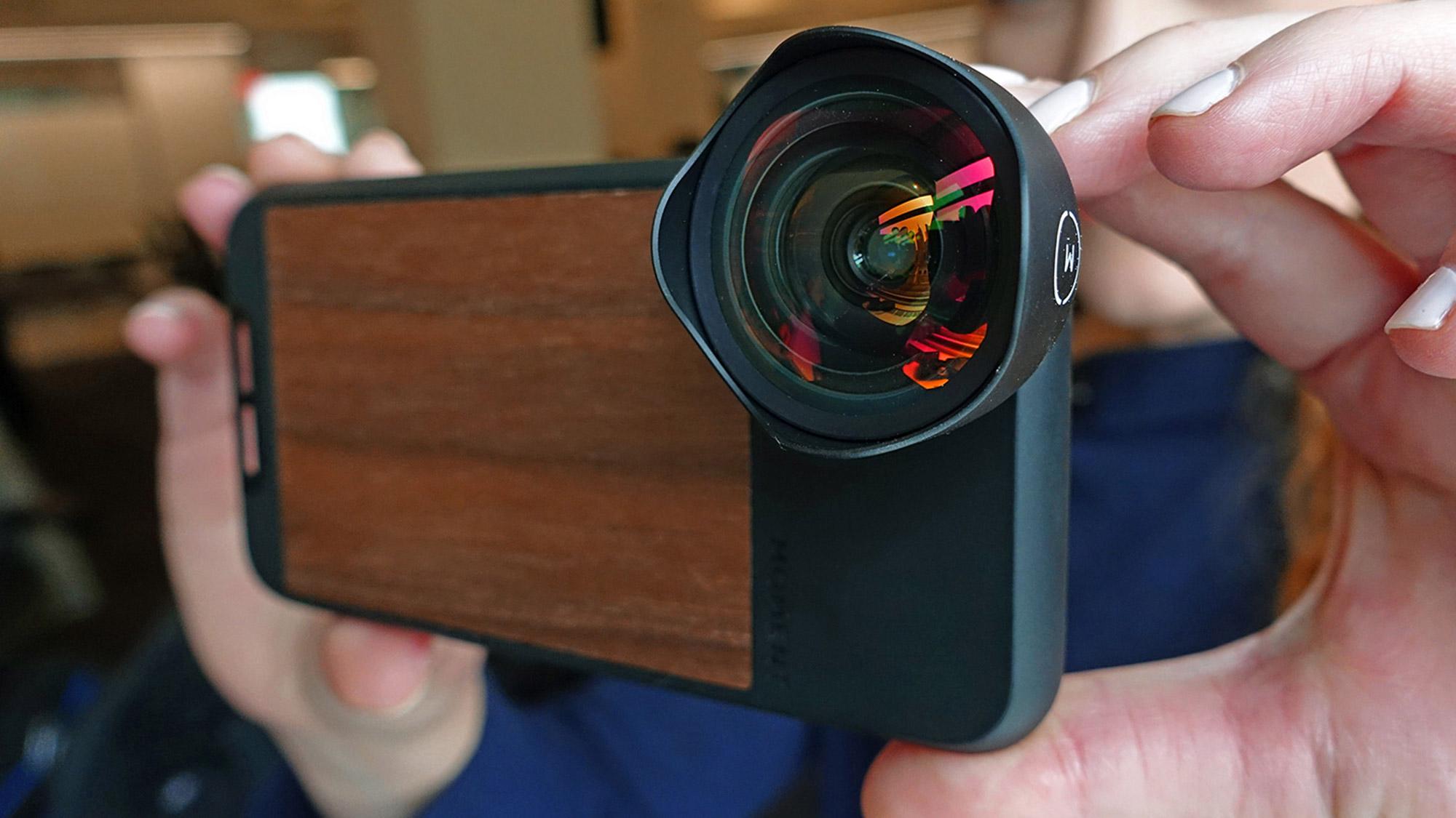 Best iPhone lenses: Moment Lens