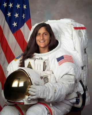 Astronaut Biography: Sunita Williams