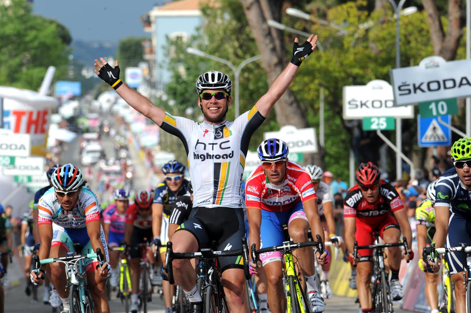 Mark Cavendish wins stage 10, Giro d