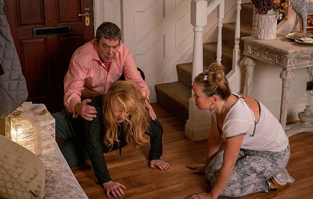 Coronation Street spoilers: Jenny Bradley takes a tumble down the stairs