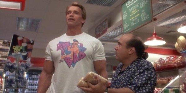 Arnold Schwarzenegger, Danny DeVito - Twins