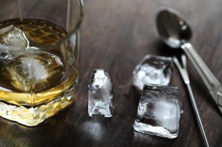 Why Whiskey Tastes Better With Water Live Science