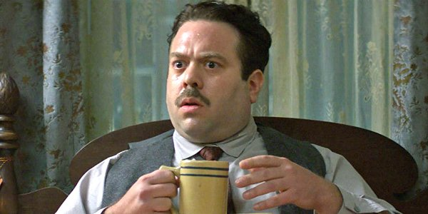 Dan Fogler as Jacob Kowalski in Fantastic Beasts and Where to Find Them