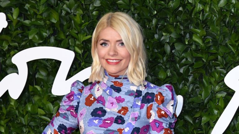 Holly Willoughby stuns in floral dress