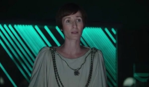 Mon Mothma Genevieve O'Reilly Rogue One A Star Wars Story