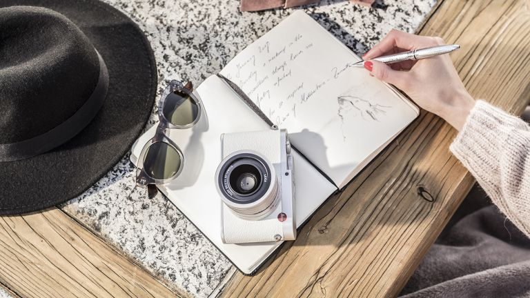 You'll definitely want this limited edition Leica Q 'Snow'