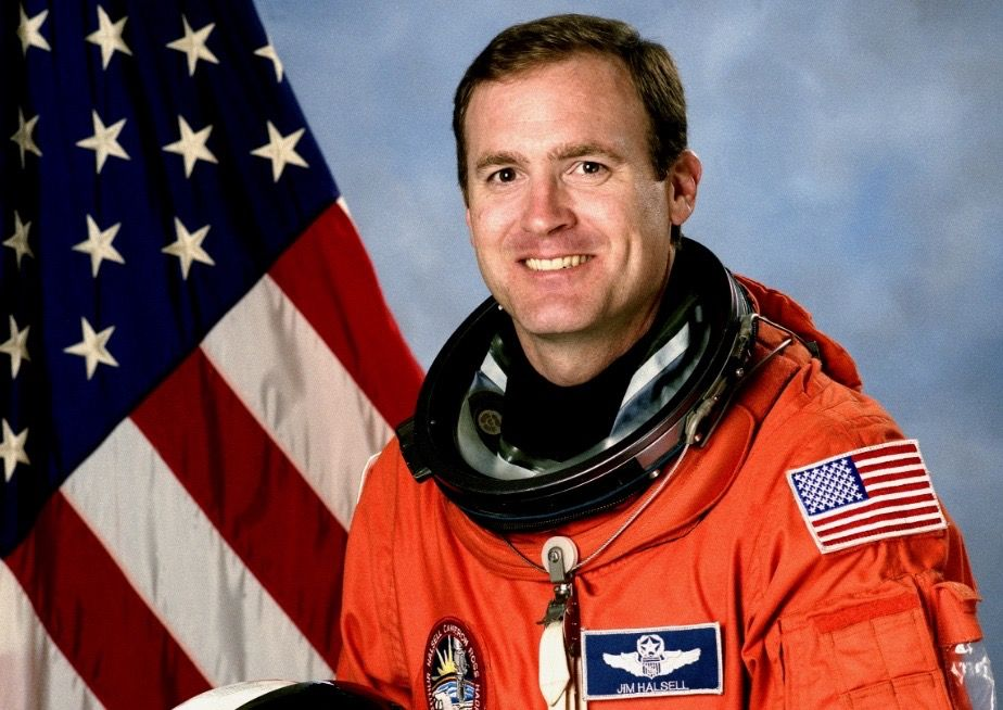 Former NASA astronaut pleads guilty in deadly car crash: Report
