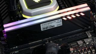 Gigabyte Aorus RGB Memory DDR4-3600 C18