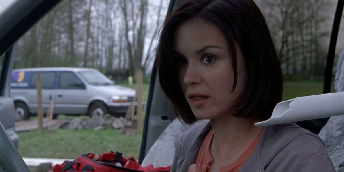 Kat Jennings (Keegan Connor Tracy) – Skull impaled by PVC pipe