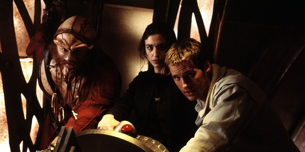 Anthony Simcoe, Claudia Black, and Ben Browder in Farscape