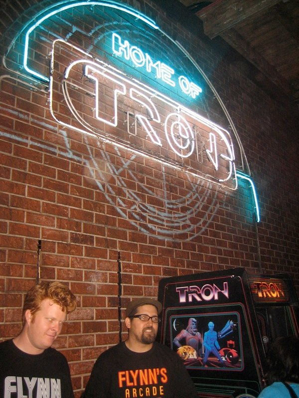 Comic Con: Flynn Lives And He's Reopened His Arcade! #1664