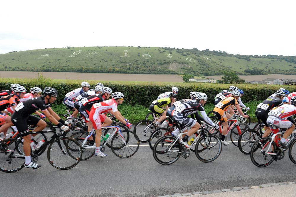 Race passes Fovant Badges, Twinings Pro-Am Tour 2011