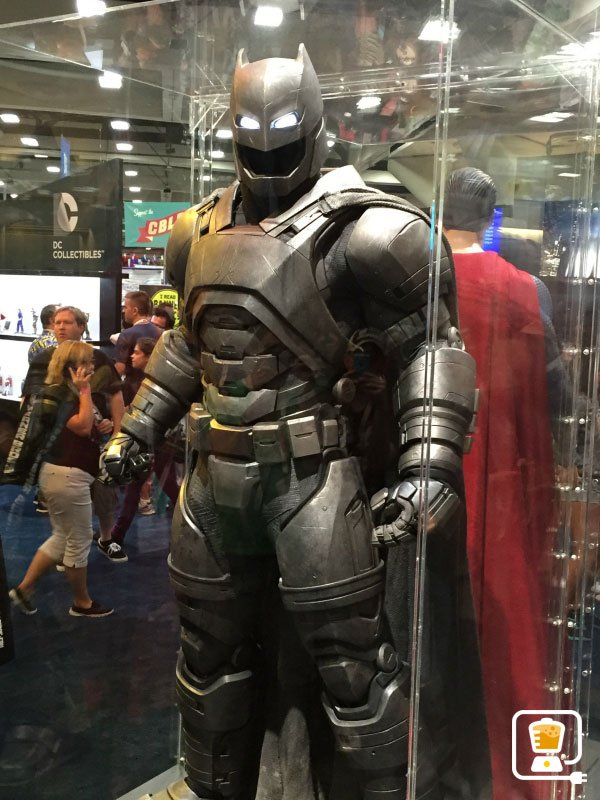 check out batman v supermans new costumes especially