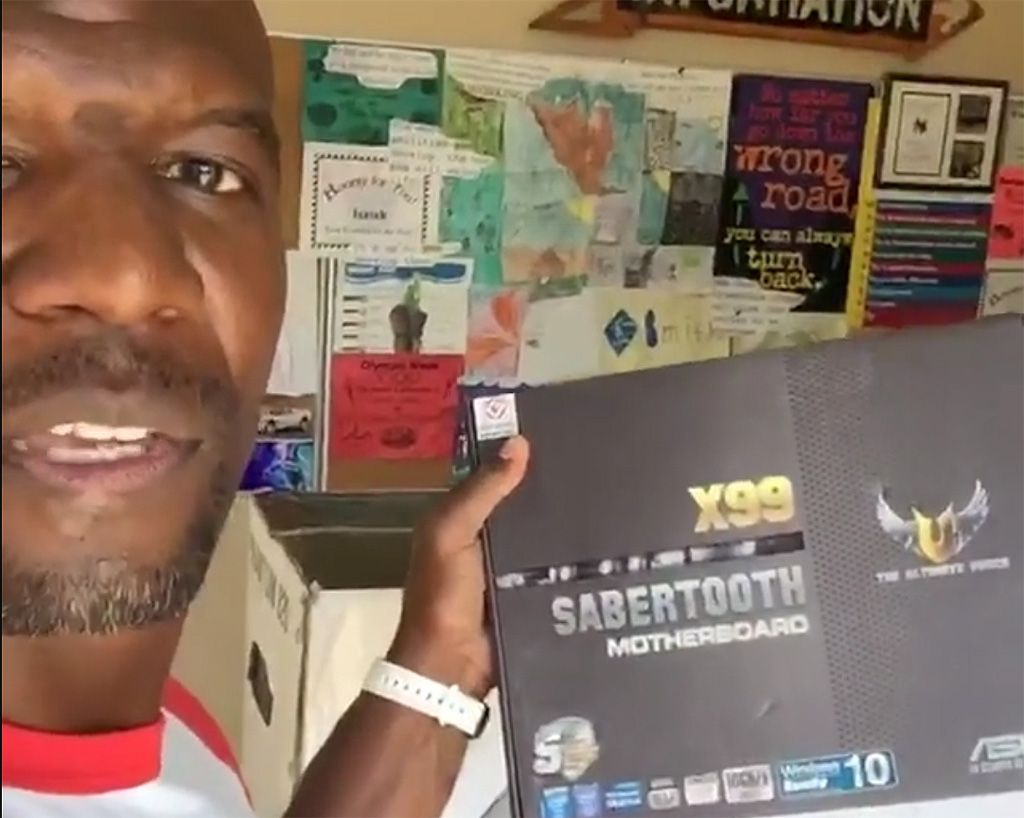 Actor And Former Nfl Player Terry Crews Brings Celebrity