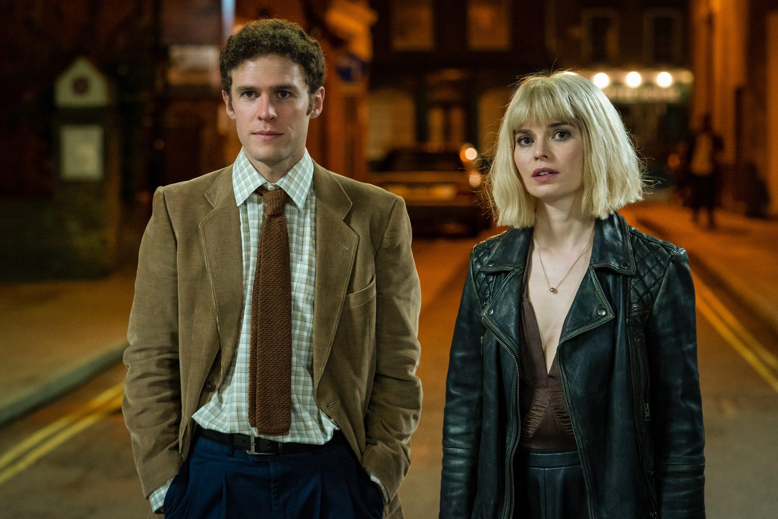 Como eran ... Iain De Caestecker y Gina Bramhill como versiones más jóvenes de Douglas y Connie en Us