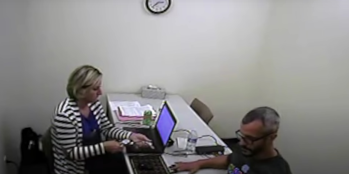 Tammy Lee conducting a polygraph test with Chris Watts