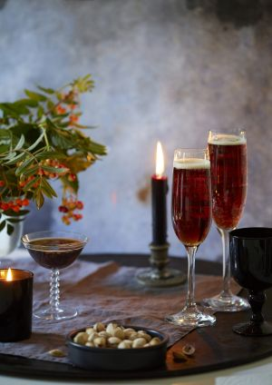 Try our striking black velvet cocktail that's both sparkling and rich this Christmas
