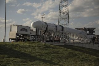 Falcon 9 and Dragon Nearly Ready for Launch