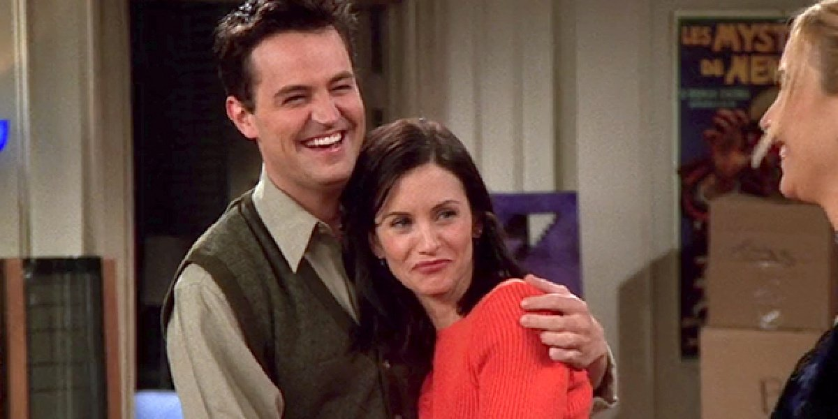 """Chandler and Monica in """"The One Where Everybody Finds Out"""" when they admit they love each other on Friends."""