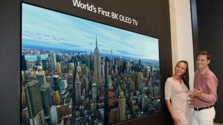 8K OLED TV