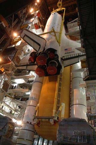 Shuttle Atlantis Set For Thursday Trek to Launch Pad