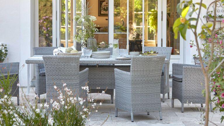 Domaine & Demeure grey rattan dining set