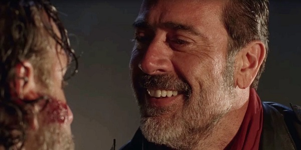 negan smiling walking dead