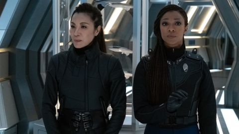 Georgiou (Michelle Yeoh) and Michael (Sonequa Martin-Green) in 'Star Trek: Discovery'.