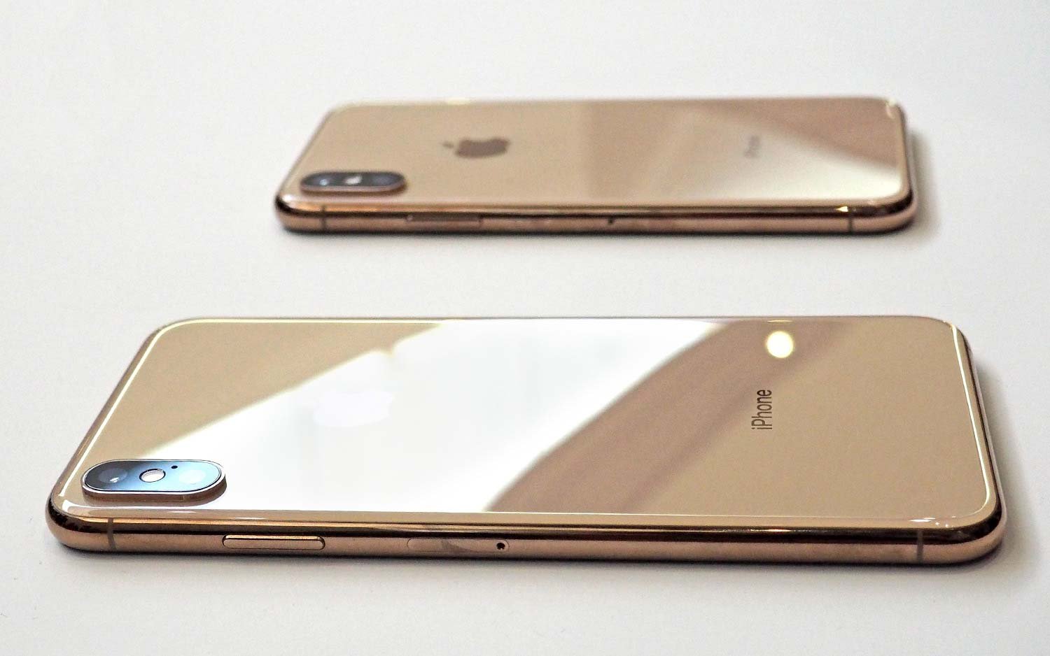 Fixing an iPhone Xs Max Costs the Same as a New iPhone 8