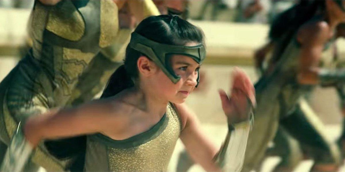 Lily Aspell running in Wonder Woman 1984