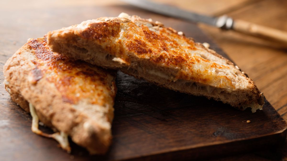 Discover how to make the ultimate cheese toastie