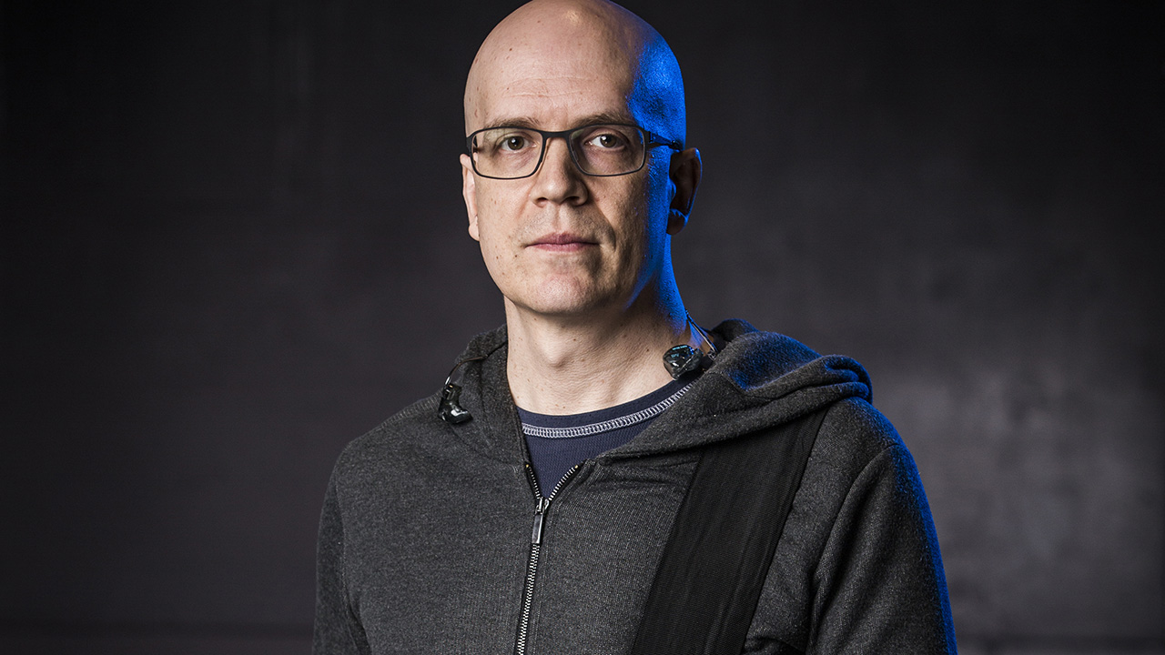 "Devin Townsend calls Nickelback's Chad Kroeger a ""functioning genius"" 