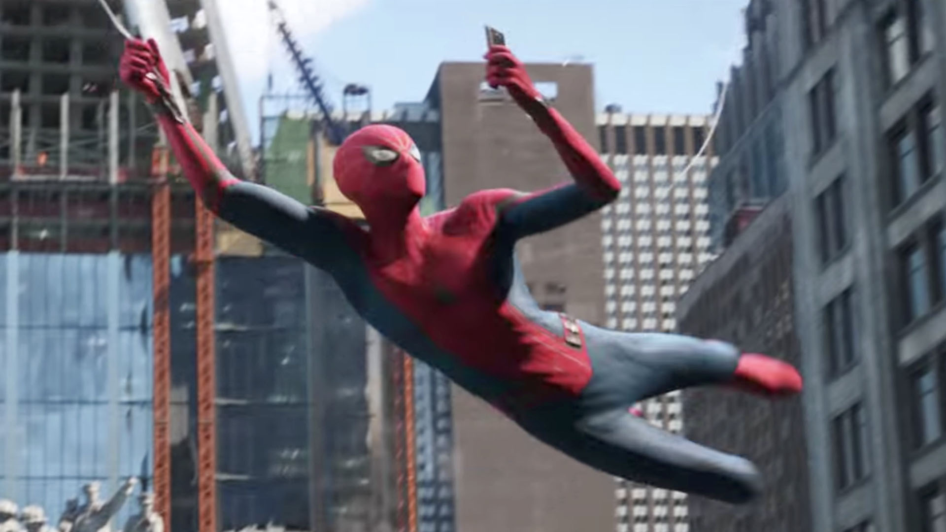 11 things you probably missed in the Spider-Man: Far From