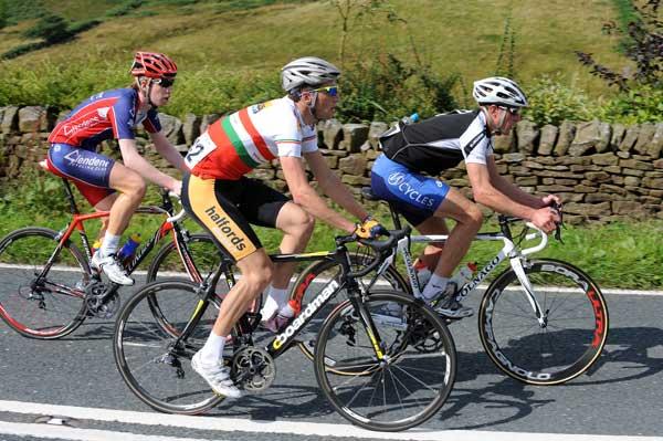 Rob Partridge Halfords Bikehut Welsh champion Tour of Pendle 2009 British cycling racing Cycling Weekly.jpg