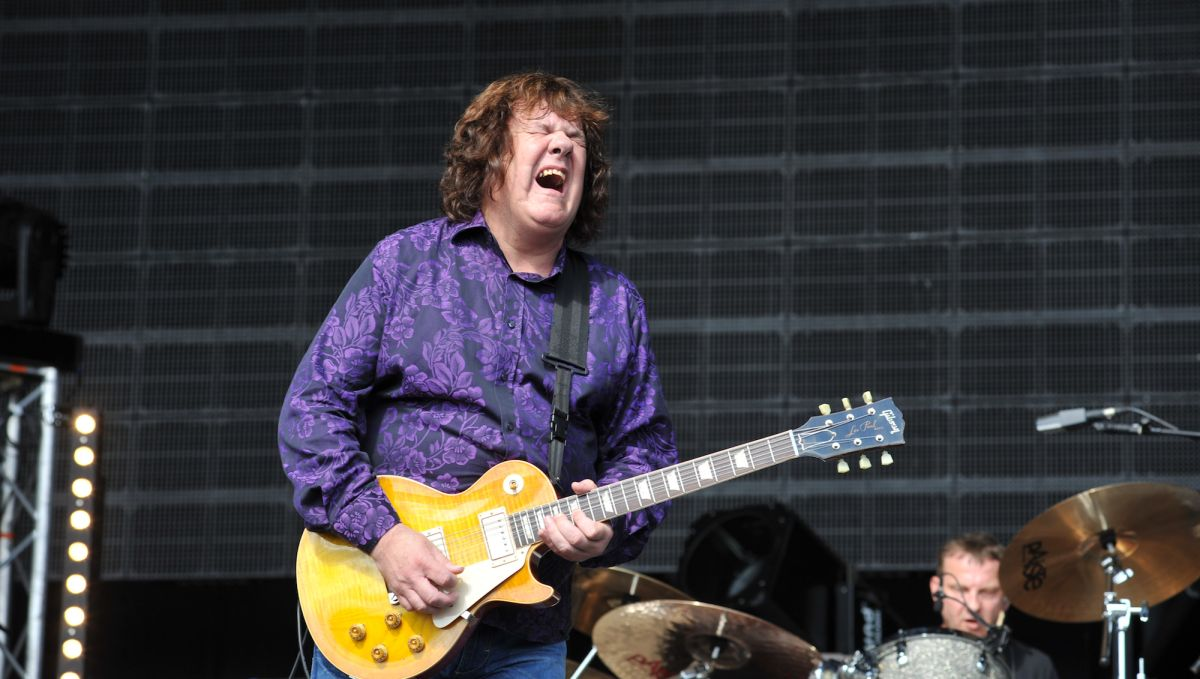 "Hear Gary Moore's Previously Unreleased Version of ""I'm Tore Down"""