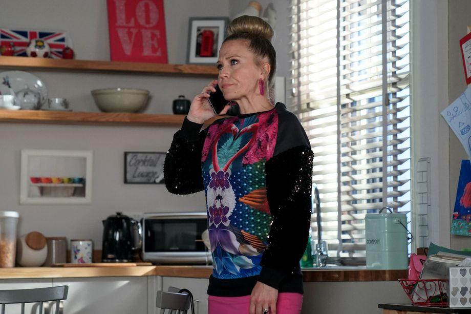 Linda Carter has made Ollie a costume in EastEnders