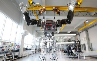 Manned robot