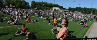 Oregon eclipse crowd