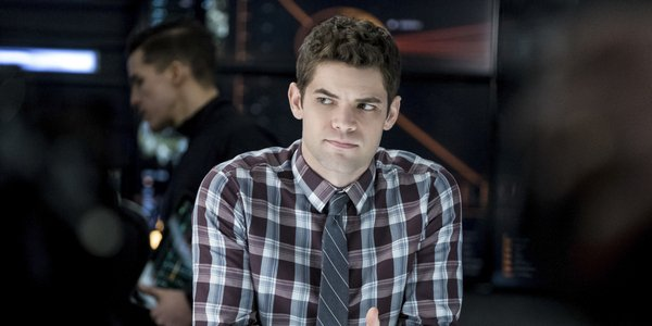 Supergirl's Jeremy Jordan Explains Why He's Leaving The Show