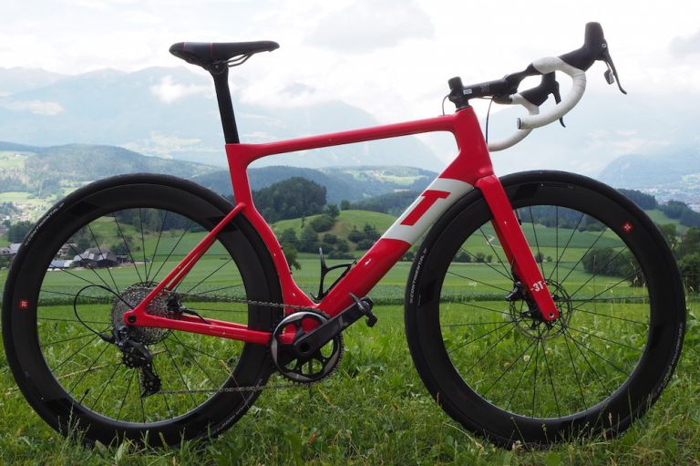 3t Strada aero road bike