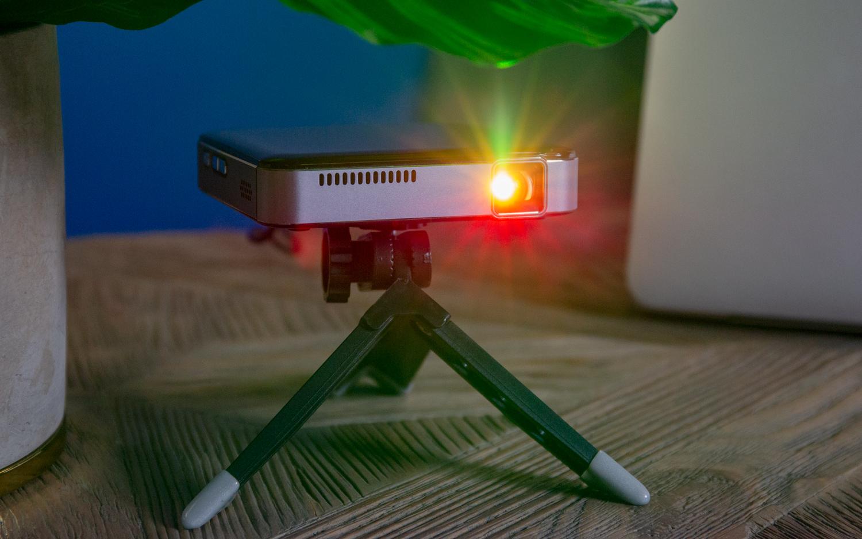 Best Mini Projectors 2019 - Small, Portable Projector Reviews | Top